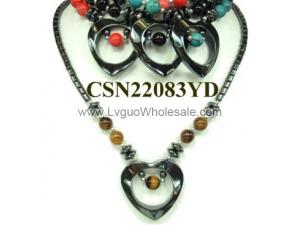 Assorted Semi precious Beads Hematite Heart Pendant Chain Choker Fashion Necklace