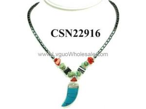 Turquoise Claw Pendant with Hematite Beads Choker Collar Fashion Necklace