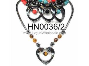 Colored Semi precious Stone Beads Hematite Heart Pendant Beads Stone Chain Choker Fashion Women Necklace