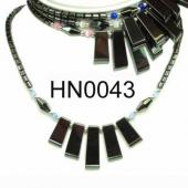 Colored Opal Beads Hematite Teeths Pendant Beads Stone Chain Choker Fashion Women Necklace