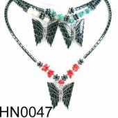 Assorted Colored Semi precious Stone Beads Hematite Butterfly Pendant Beads Stone Chain Choker Fashion Women Necklace